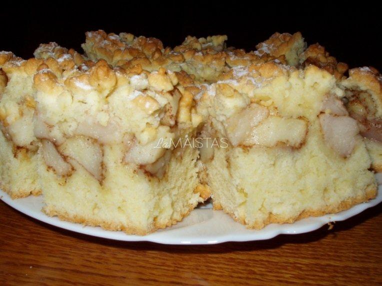 Trapus obuolių pyragas