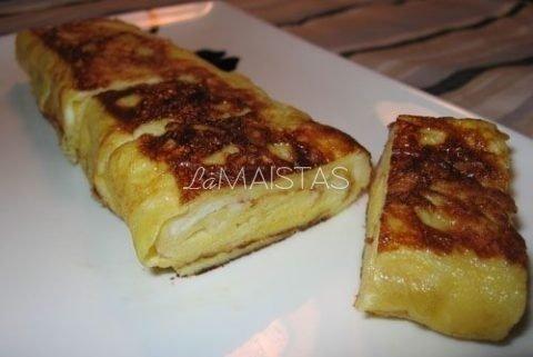 Žuvies vyniotinis su omletu