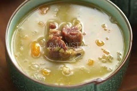 Trinta daržovių sriuba su mėsos kukuliais