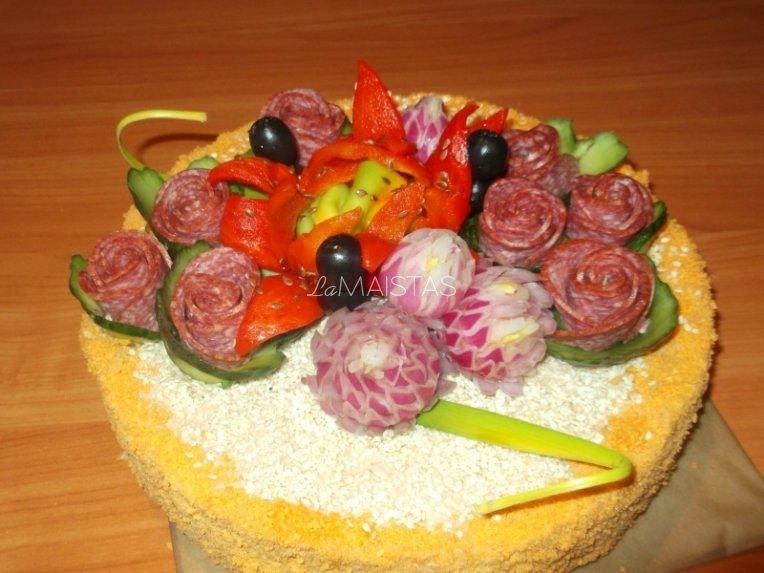 Užkandinis tortas su vištiena