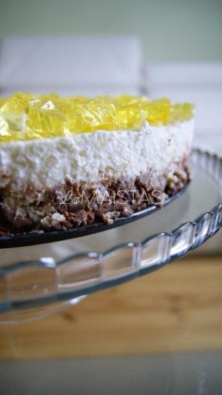 Greitas nekeptas grietininio kremo tortas