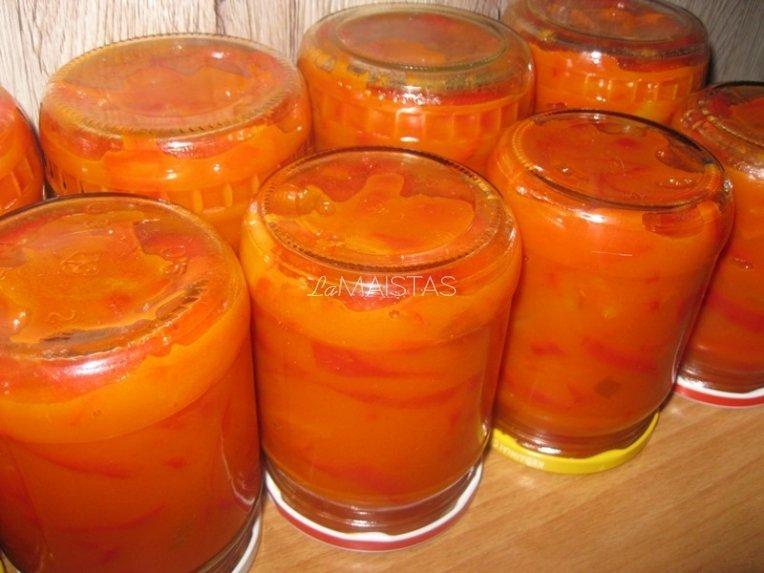 Paprikos žiemai pomidorų padaže