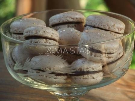 Macarons (prancūziški sausainiukai)