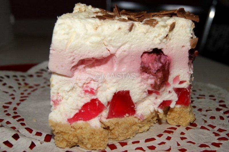 Gaivus nekeptas jogurtinio kremo tortas su vyšniomis