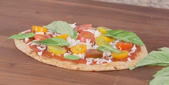 Nekepta lavašo pica