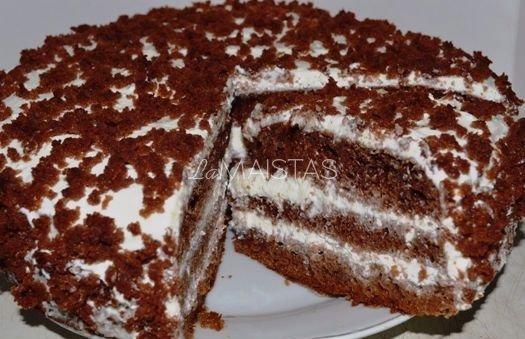 Skanutėlis kefyro tortas su grietinės pertepimu