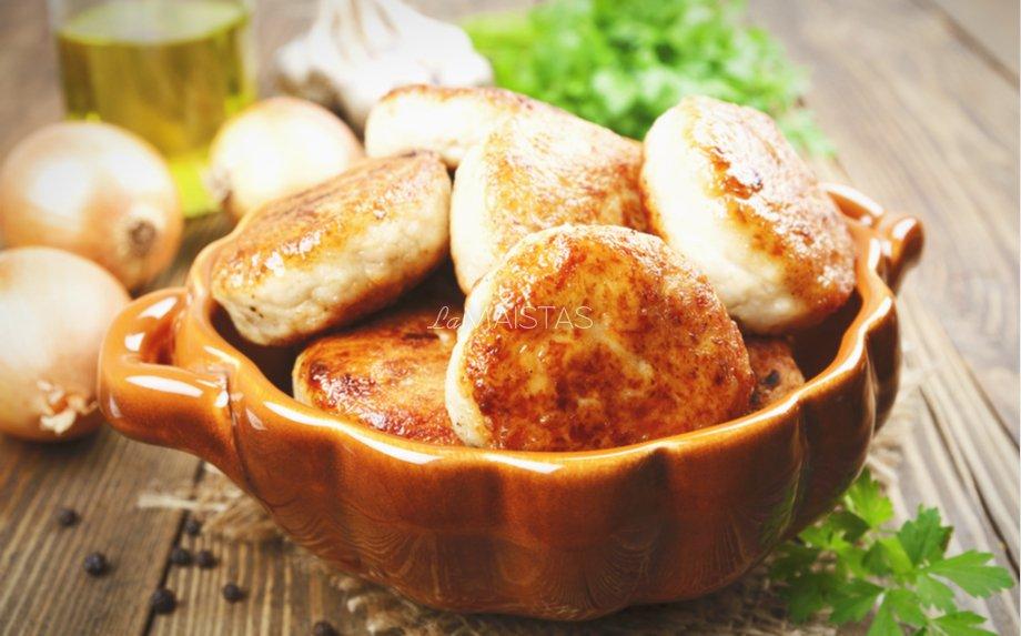 Vištienos ir grikių kotletukai
