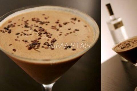 Šokolado alkoholinis kokteilis
