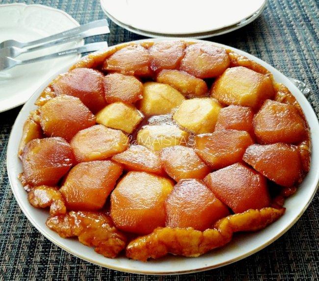 Apverstas obuolių pyragas Tarte Tatin