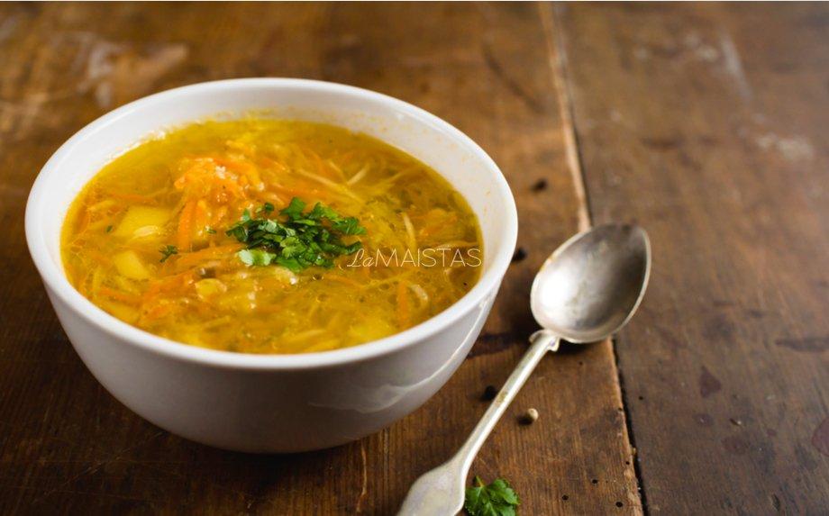 Raugintų kopūstų sriuba su mėsa