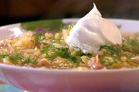 Šviežių kopūstų sriuba su grybais