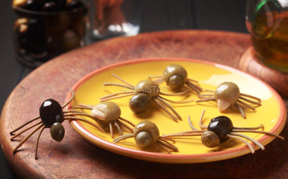 Helouvyno voriukai iš alyvuogių