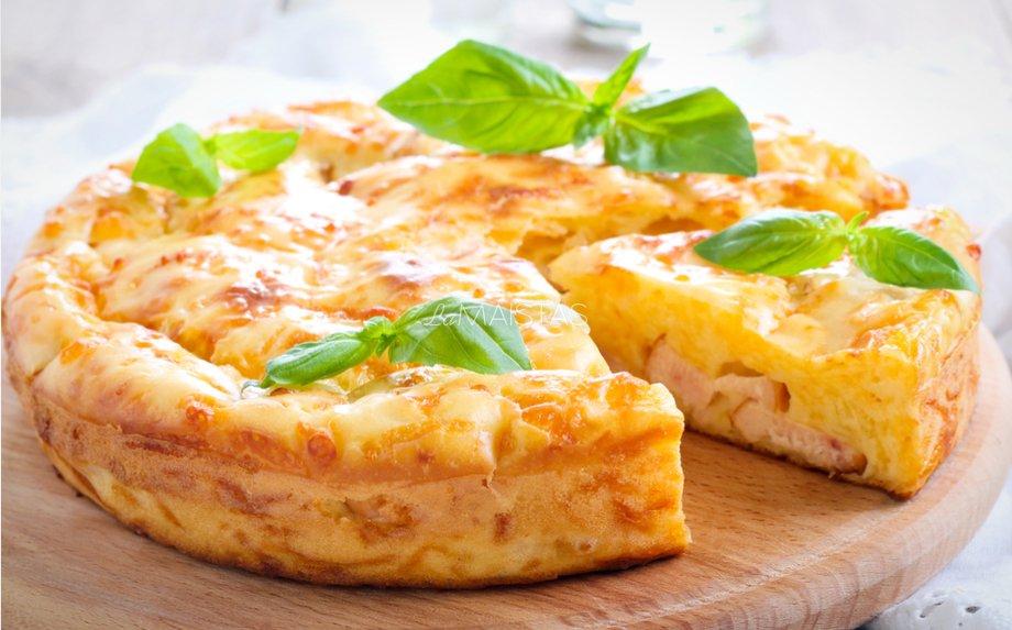 Kefyro pyragas su vištiena ir sūriu