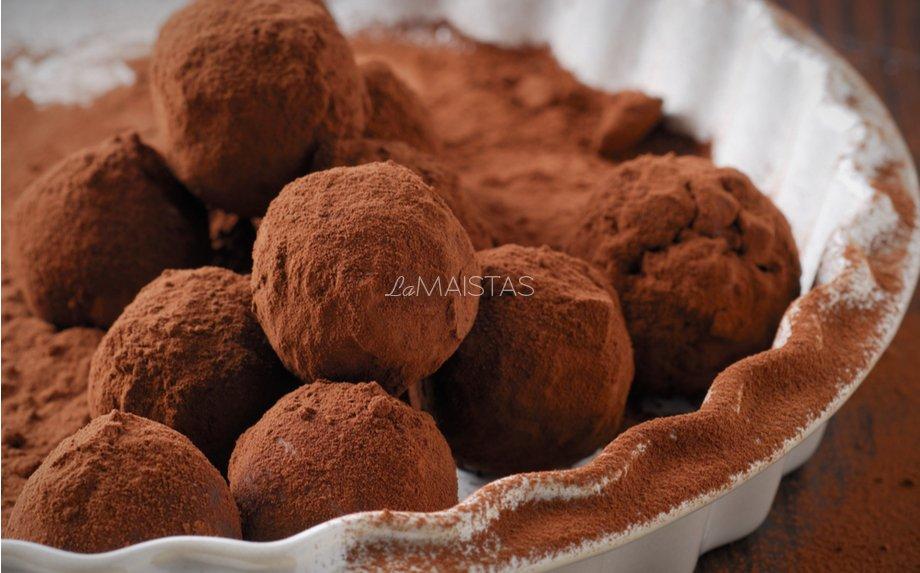 Šokoladinio kremo triufeliai