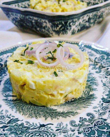 Silkės mišrainė su kiaušiniais ir bulvėmis