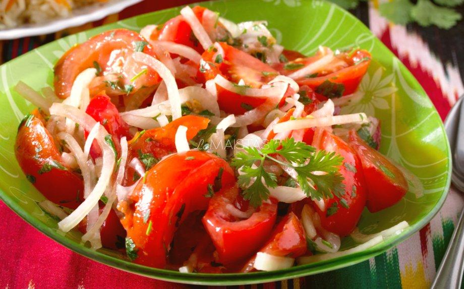 Uzbekiškos pomidorų salotos