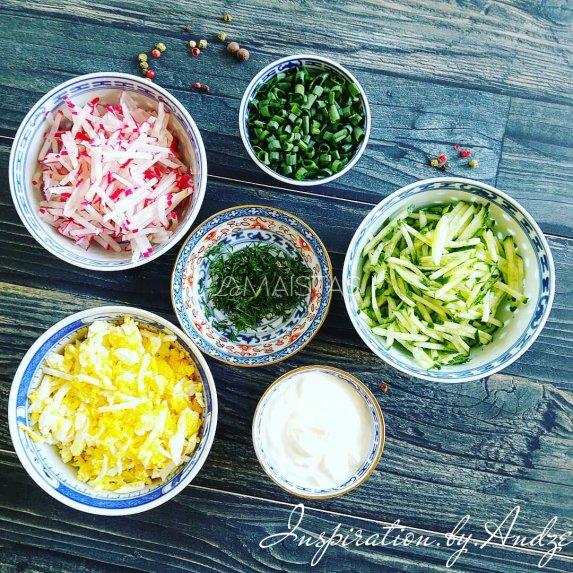 Ridikėlių ir kiaušinių salotos