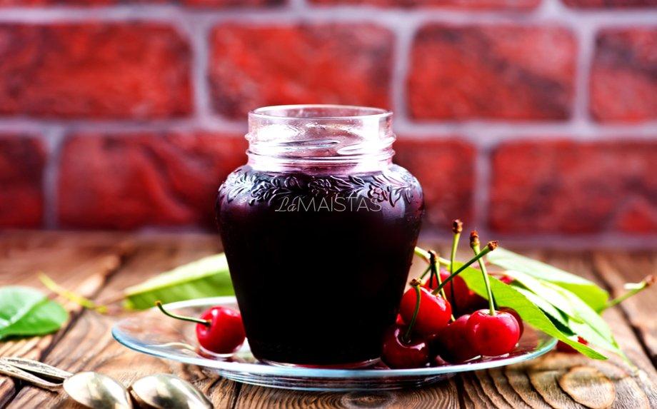 Vyšnių sirupas žiemai