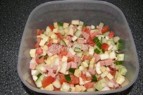 Soti mišrainė su daržovėmis