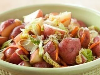 24 valandų bulvių salotos
