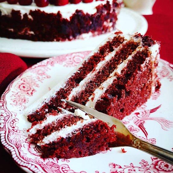 """Tortas Raudonasis aksomas pagal """"SaulÄ—tÄ… virtuvÄ™"""""""
