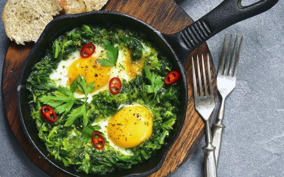 Kiaušinienė su brokoliais