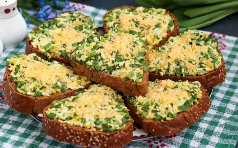 Kepti sumuštiniai su kiaušiniais ir sūriu (be majonezo)