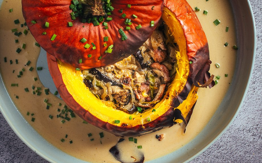 Vištienos ir daržovių troškinys moliūge