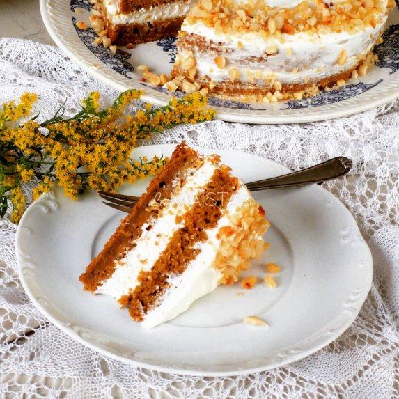 Puikusis morkų pyragas su varškės kremu