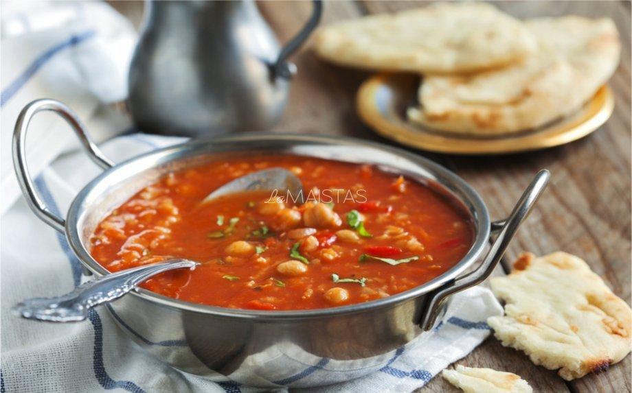 Marokietiška pomidorinė sriuba su avinžirniais