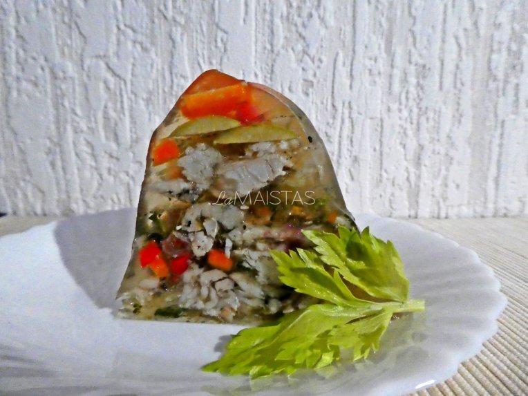 Žuvies ir daržovių drebučiai Kūčioms