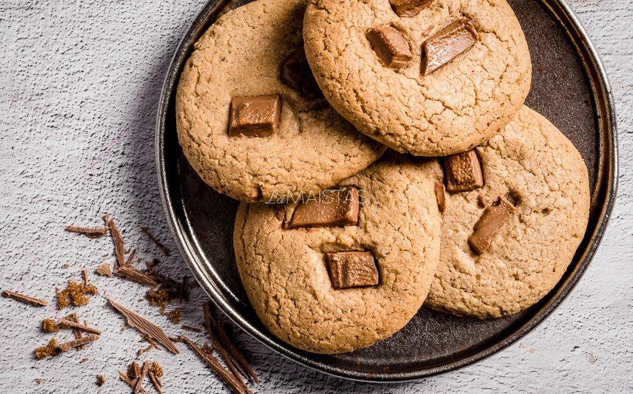 Meduoliški sausainiai su šokoladu