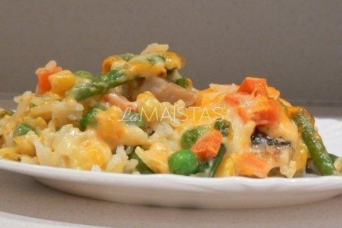 Žuvies apkepas su ryžiais ir daržovėmis