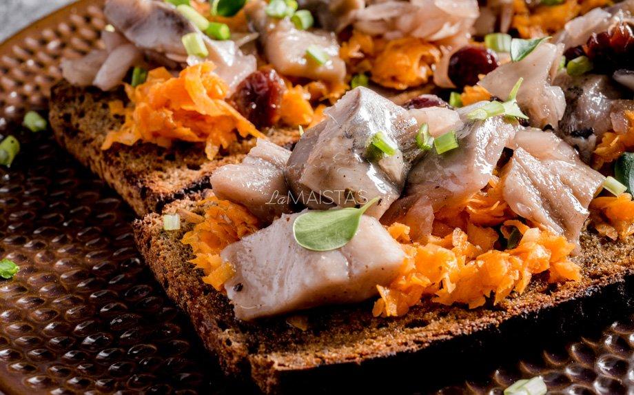 Pikantiški sumuštiniai su morkomis ir ZIGMO silke