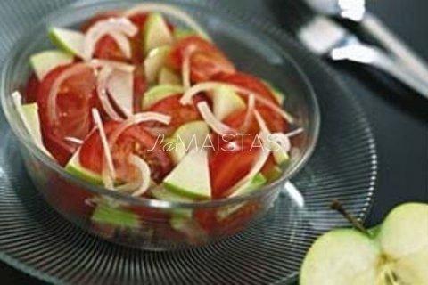 Pomidorų, obuolių salotos
