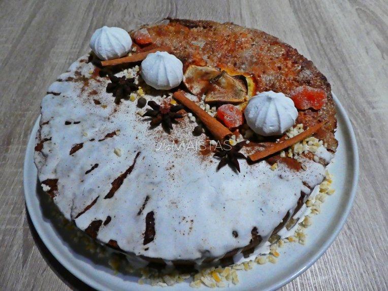 Velykinis pyragas su kokosine varške ir karamelizuotais obuoliais