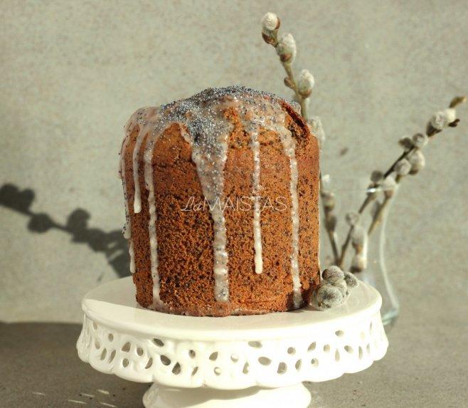 Velykų keksas pyragas su kefyru