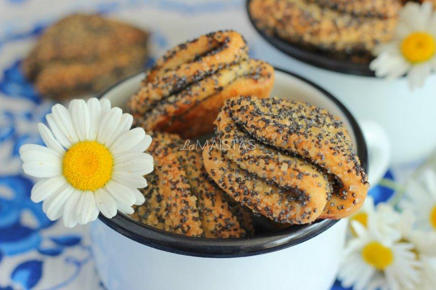 Var�kės sausainiai su aguonomis (be kiau�inių)