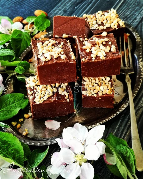 Šokoladiniai saldainiai fudge