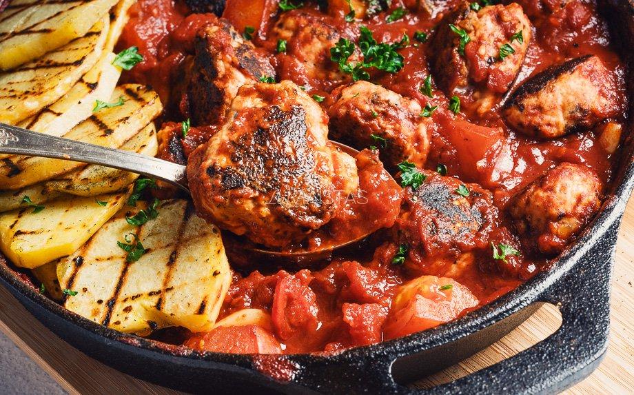 Lašišos kukuliukai pomidorų padaže