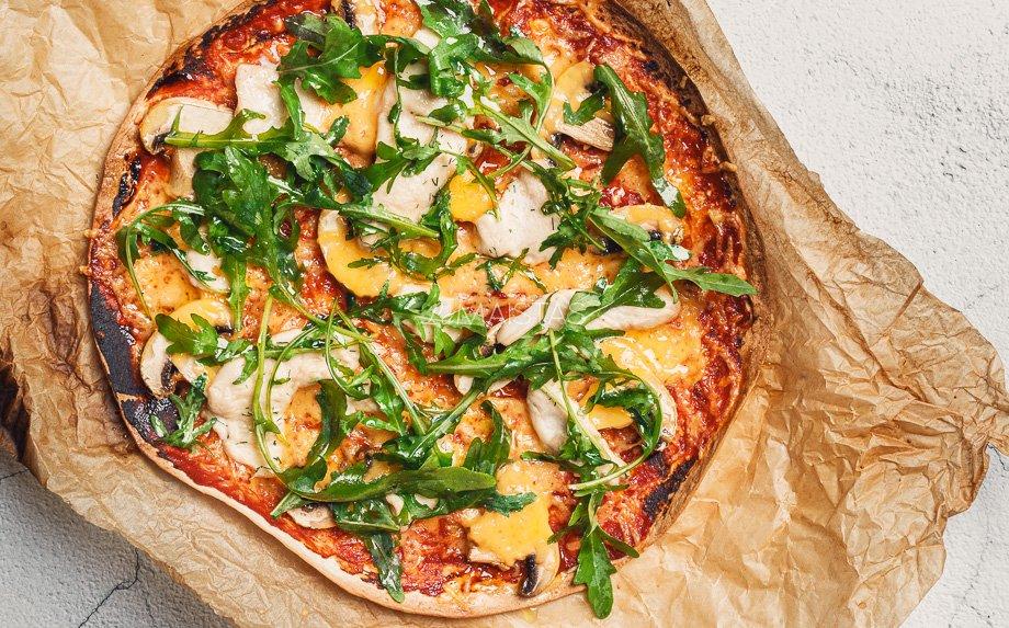 Tortilijos pica su vištiena ir sūriu