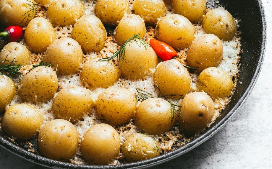 Sūriu užkeptos bulvytės