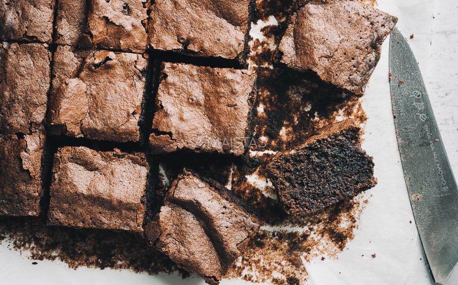 Taupus šokoladinis braunis