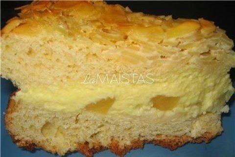 Citrinų pyragas su migdolais