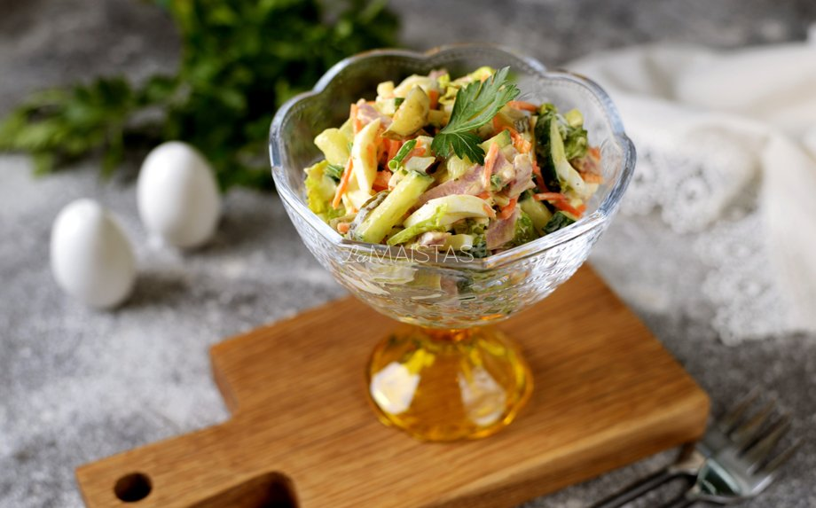 Liežuvio salotos su agurkais
