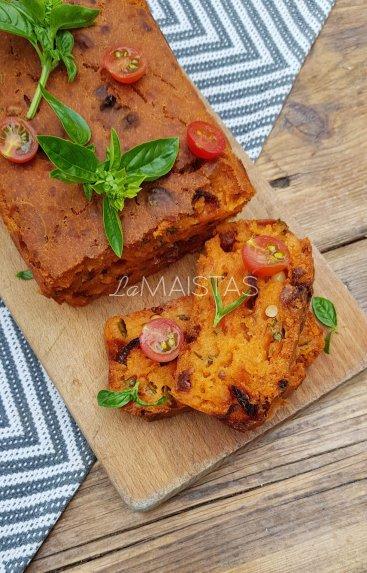Pomidorų duonelė