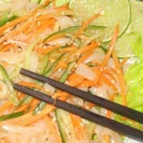 Kiniškos krevečių salotos