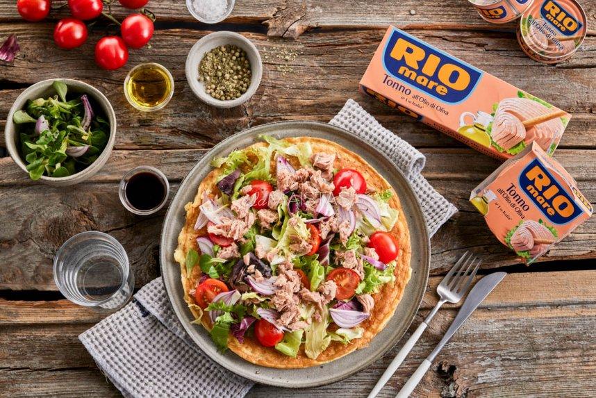 Omletas su tunu ir pomidorais pagal Gian Luca Demarco