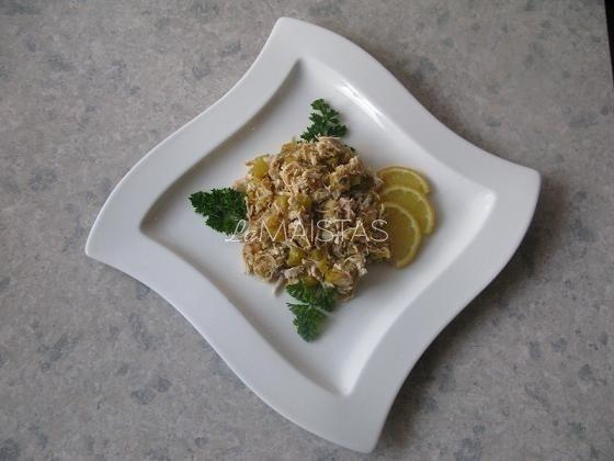 Vištienos troškinys su moliūgais, pagardintas imbieru ir citrina