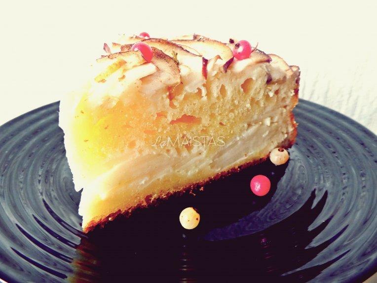 Garduolis obuolių - varškės pyragas